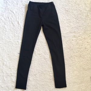 H&M black high waisted cropped pants